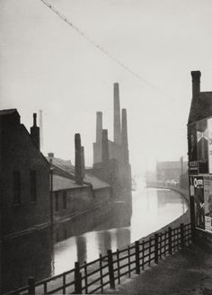 (Emil Otto Hoppé The Canal, Manchester, Lancashire 1925 Copyright © 2012 Curatorial Assistance, Inc. Manchester City, Manchester England, Manchester Lancashire, Old Pictures, Old Photos, Street Photography, Art Photography, Vintage Photography, Northern England