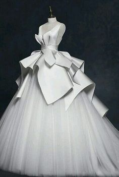 V Neck Sleeveless Ball Gown Elegant Stain Wedding Gowns A Line Custom Made Vintage Tired Skirt New Coming Wedding Dresses Affordable Dresses Ball Gown Wedding Dress From Fancywedding, &Price; Ball Dresses, Bridal Dresses, Evening Dresses, Prom Dresses, Flower Girl Dresses, Sexy Dresses, Formal Dresses, Afternoon Dresses, Flapper Dresses