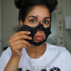 DIY SKIN DETOX PEEL OFF MASK Bring 1/2 cup water to a boil Add 1tsp of agar agar powder (this is going to thicken, whisk Add activated charcoal powder - I used 3 pills - whisk Let cool a little (just so it's not boiling hot) then apply the warm mask to your CLEAN face. Let cool on ur face completely then peel off. To moisturizer my face-I'm using @farsalicare rose gold elixer