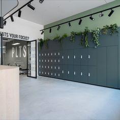Gym Interior, Office Interior Design, Office Interiors, Interior Architecture, Interior And Exterior, Hall Design, Gym Design, House Design, Office Lockers