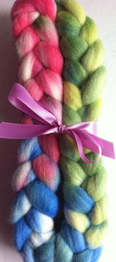 Fun Merino Spinning fiber by Ulljente on Etsy Spinning, Fiber, Hand Painted, Unique Jewelry, Handmade Gifts, Wool, Fun, Etsy, Hand Spinning