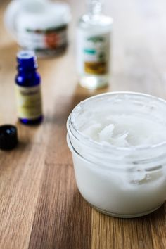 easy homemade deodorant | edibleperspective.com