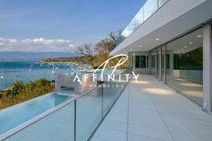 Nous consulter Exclusivité – COLOGNY vue lac panoramique à 180° Projet construction Minergie d'une villa de 592 m2 utiles sur 1'350 m² de terrain.  Piscine, garage 2-3 voitures.