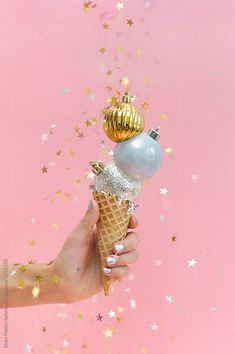 Christmas ice cream mood board by The Ruby Kit // creative content and product photography Christmas Ice Cream, Pink Christmas, Christmas And New Year, Xmas, Merry Christmas, Party Background, Ice Cream Background, Theme Noel, Christmas Toys