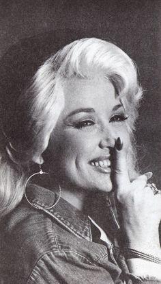 The Dolly Parton Scrapbook : Photo