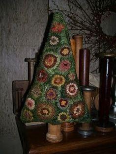 Primitive Penny Tree Make Do Rug Hooking by hookedonprimitives, $12.00
