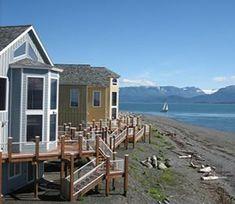 Hotels Homer Alaska - Land's End Resort beachfront hotel - Lodging at the end of the Homer Spit