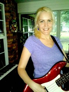 """Keri with her """"Redbass""""  by Fender"""