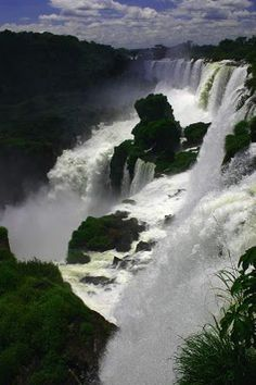 Indian Niagara : This breath taking natural picturesque splendor located at a road distance of 65 kms from Trichur,Kerala and 60 kms from Cochin International airport. Kerala Travel, India Travel, India Trip, Foto Nature, Virtual Travel, Culture Travel, Incredible India, Outdoor Travel, Niagara Falls