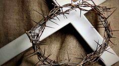 Las reliquias cristianas son objeto de veneración por muchas personas (especialmente la iglesia católica), aunque muchos consideran que so...