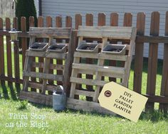 DIY Pallet Herb Garden -- so easy to make and super inexpensive! Great for apartments or places with little space!