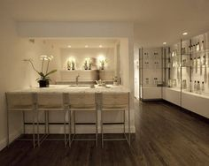 This serene private salon is adjacent to stylist Kevin Mancuso's own home in Harlem. A minimalist design, creamy color palette, sleek surfaces, and elegant flowers (cherry blossoms and orchids) add up to one of the most soothing beauty spots in New York City. At 187 Edgecombe Ave. Call 212-729-8382; kevinmancuso.net.