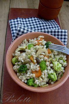 Babette: Zöldséges gersli Pasta Salad, Cobb Salad, Healthy Recipes, Healthy Foods, Ethnic Recipes, Diet, Bulgur, Crab Pasta Salad, Health Foods