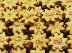 Macaroni And Cheese, Sweet Tooth, Sweets, Cookies, Ethnic Recipes, Food, Christmas Recipes, Bakken, Crack Crackers