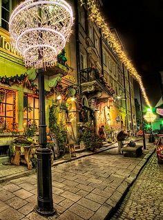 Γιατί όχι Κρακοβία και Βαρσοβία για τις γιορτές των Χριστουγέννων και της Πρωτοχρονιάς! www.tsakiristravel.gr