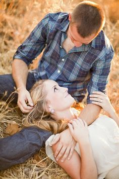 Summer Engagement Pic Ideas