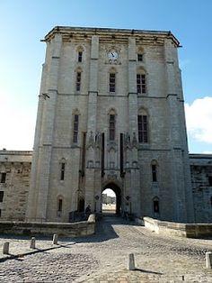 Never Peak Early: Vincennes Castle