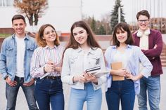 Men and women standing with books looking at camera Photo Free Stock Photos, Free Photos, Woman Standing, Men And Women, Photo Editing, Photoshop, Books, People, Man Women