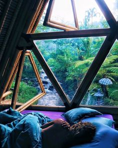 geodesic dome, bedroom