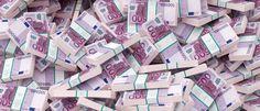 Player at Casino Euro Wins Multi-Million Jackpot Twice - All Casino Needs Cash Money, Big Money, Cash Cash, Bank Of America, Service Auto, Dollar Money, Money Pictures, Money Stacks, Gold Money