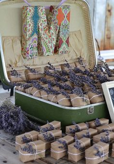 pretty and useful lavender wedding favors