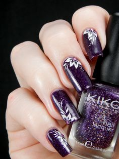 Easy Nail Designs for Beginners that are so cute and simple that you can do it yourself.browse for more and enjoy. Purple Nail Art, Funky Nail Art, Funky Nails, Easy Nail Art, Fabulous Nails, Gorgeous Nails, Pretty Nails, Nail Art Designs 2016, Simple Nail Art Designs
