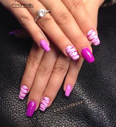 Geometrie fucsia maninails nails в 2019 г. unghie, unghie graziose и unghie belli Pink Nail Art, Purple Nails, Gel Nail Art, Nail Polish, Nail Nail, Fancy Nails, Cute Nails, Pretty Nails, Fabulous Nails