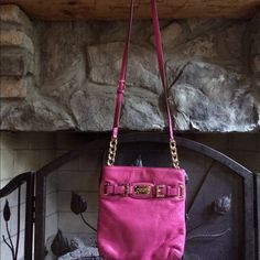 Excellent Preowned Michael Kors Crossbody Excellent condition. Hot pink great summer color. Leather extremely soft. Good hardware. Michael Kors Bags Crossbody Bags