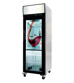 Whether selling cold bottled drinks or passing out water while promoting your products, the transparent LCD screen door refrigerator is sure to attract a crowd. The 40″ LCD screen allows for digital content to be displayed over the glass door with opaque or clear visual transparency.