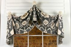 Pull-Up Curtain Valance Sewing Pattern by Pate Meadows Designs. www.patemeadows.com