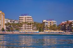 El Hotel Servigroup Papa Luna esta situado en primera linea de Playa en Peñiscola (Castellón) - España. The Hotel Servigroup Papa Luna is situated directly in front of the beach in Peñiscola (Castellón) - Spain