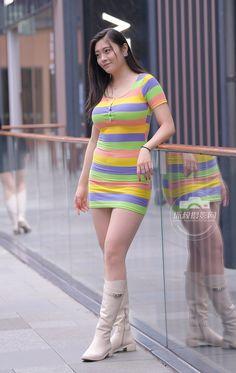 Girls 4, Cute Girls, Beautiful Asian Women, Sexy Asian Girls, Sexy Legs, Asian Woman, Blouse Designs, Asian Beauty, Sexy Women