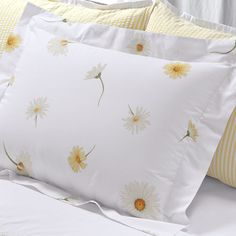 Our exclusive daisy pattern is on crisp, breathable cotton percale sheets combed for softness. Features Italian fabric printing unsurpassed for quality. Yellow Cottage, Cozy Cottage, Percale Sheets, Bed Sheets, Home Bedroom, Bedroom Decor, Daisy Love, Belle Lingerie, Bedding Collections