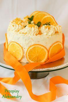 "Przepisy Aleksandry: TORT POMARAŃCZOWY ""LAMBADA"" Polish Desserts, Polish Recipes, Vegan Desserts, Sweet Recipes, Cake Recipes, Fruit Birthday Cake, Coconut Curry Soup, Painted Cakes, Pastry Cake"