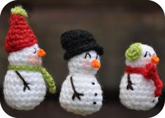Crochet Miniature Snowmen - Tutorial (Dutch and English)
