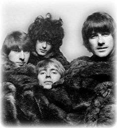 """missisanfi: """" The Yardbirds in furs… """" …and liz taylor-jimmy curls… Jimmy Page, The Yardbirds, Best Rock Bands, Jeff Beck, Band Pictures, Rock Groups, British Invasion, Music Icon, Led Zeppelin"""