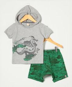 Conjunto Bebê Blusa Cinza Mescla e Bermuda Verde