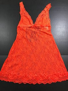 7b7bb28ca2 Victoria s Secret Very Sexy Red Lace Baby Doll Sleepwear Size M  1035