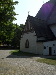 old church Built In Storage, Finland, Cabin, House Styles, Building, Travel, Home, Decor, Viajes
