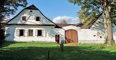 venkovské bydlení - Hledat Googlem Countryside, Shed, Cottage, Outdoor Structures, Cabin, Explore, Mansions, House Styles, Group