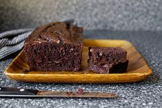 double chocolate banana bread - smitten kitchen ~ for flour batch, this has 3 bananas, ea of butter & cocoa and of chocolate chunks! Just Desserts, Delicious Desserts, Dessert Recipes, Yummy Food, Muffins, Chocolate Banana Bread, Chocolate Chocolate, Smitten Kitchen, Dessert Bread