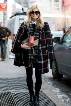 Street chic: new york fashion week - street style photos nyfw fall 2014 - e Street Style 2014, New York Street Style, Street Style Chic, Street Style Women, Fashion Mode, Fashion Week, New York Fashion, Look Fashion, Fashion Photo