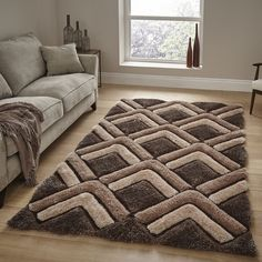 Lustrous Links in Beige and Browns with Super Soft Carved Pile Best Carpet, Diy Carpet, Modern Carpet, Rugs On Carpet, Home Decor Hooks, Latch Hook Rugs, Home Decor Quotes, Floor Decor, Carpet Design