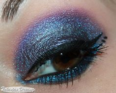 Too Faced Exotic Color Intense Eye Shadow Midnight Mist http://www.talasia.de/2013/03/26/make-up-mit-too-faced-exotic-color-intense-eye-shadow-midnight-mist/