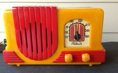 1940 Baby Addison Yellow Case with Red Trim Catalin Radio