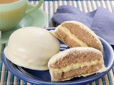 Aprenda a fazer essa receita maravilhosa de pão de mel branco, fica uma delicia! INGREDIENTES 1kg de farinha de trigo 1 xícara (chá) de açúcar 1 colher (sopa) de canela em pó 1 colher (sopa) de cravo em pó 1 colher (sobremesa) de noz-moscada em pó 1 colher (sopa) de fermento em pó 1 colher …