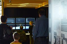 Movie World -näyttelyssä tulevat tutuiksi erilaiset elokuva-alan termit, kuten zoomaus, tarkennus, syväterävyys ja monet muut. Tiedekeskus Tietomaa, Luuppi, Oulu (Finland)