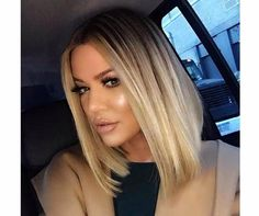 Khloe Kardashian proves that lob haircuts are SO versatile! Click ahead for 7 short hairstyle ideas to steal… Khloe Kardashian proves that lob haircuts are SO versatile! Click ahead for 7 short hairstyle ideas to steal… Medium Hair Styles, Short Hair Styles, Ponytail Styles, Brunette Lob, Lob Styling, Cool Short Hairstyles, Hairstyles For Lob, Celebrity Hairstyles, Wedding Hairstyles