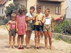 Boys in lederhosen girl watching on Germany? My Beautiful Friend, Beautiful Boys, Pretty Boys, Vintage Boys, Vintage Children, Hot Boys, Kids Boys, Grandma Dress, Blue Springs Ride