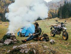 """Mi piace"": 1,956, commenti: 9 - Scrambler Ducati (@scramblerducati) su Instagram: ""Outdoor mood⛰ Photo by @brahmino #scramblerducati #ducatiscrambler #ducati #desertsled #adventure…"""